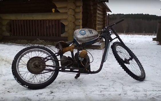Мопед из бензопилы Урал